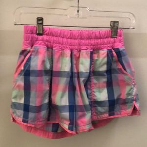 Lululemon multi color plaid short sz 4 68843